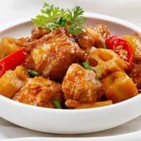Cách làm món thịt heo kho nước cốt dừa siêu ngon cho cả gia đình